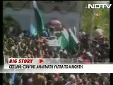 Once Again Pakistani Flags Waved At Hurriyat Rally In Indian Occupied Kashmir-Can't Keep Them Out