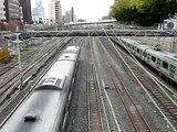 5 trains per 1 minute!!  in Tokyo Japan