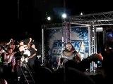 Entrée de Mark Henry au show 2008 de la WWE à Genève.