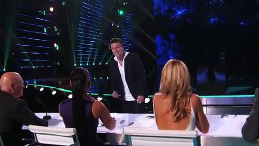 Mat Franco: Magician Wows Judges With Card Trick - America ...
