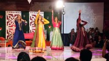 ERUM And UMAR Amazing MEHNDI Dance wedding Video