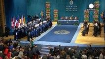 Los galardonados reciben sus premios Príncipe de Asturias 2013