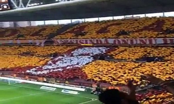 [LOL EXA]  Galatasaray - Beşiktaş 24 Mayıs 2015 ultrAslan'ın yaptığı koreografi (Periscope)