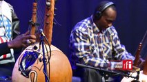 """Toumani & Sidiki Diabaté interprètent """"Lampedusa"""" dans Musiques du Monde sur #RFI"""