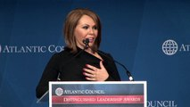 Maria Elena Salinas Introduces Juanes at 2013 Distinguished Leadership Awards