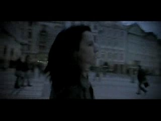 Dolores O'Riordan : Ordinary Day