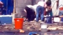Mısırda yaralı taşıyan gösterici sniperın hedefi oldu mısır iç savaşı