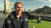 Lewis Moody et Martin Johnson donnent le coup d'envoi de la tournée de la coupe du monde de rugby