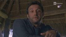 """Flavio Insinna recita """"L'omo e la scimmia"""" di Trilussa in Ho sposato uno sbirro 2"""