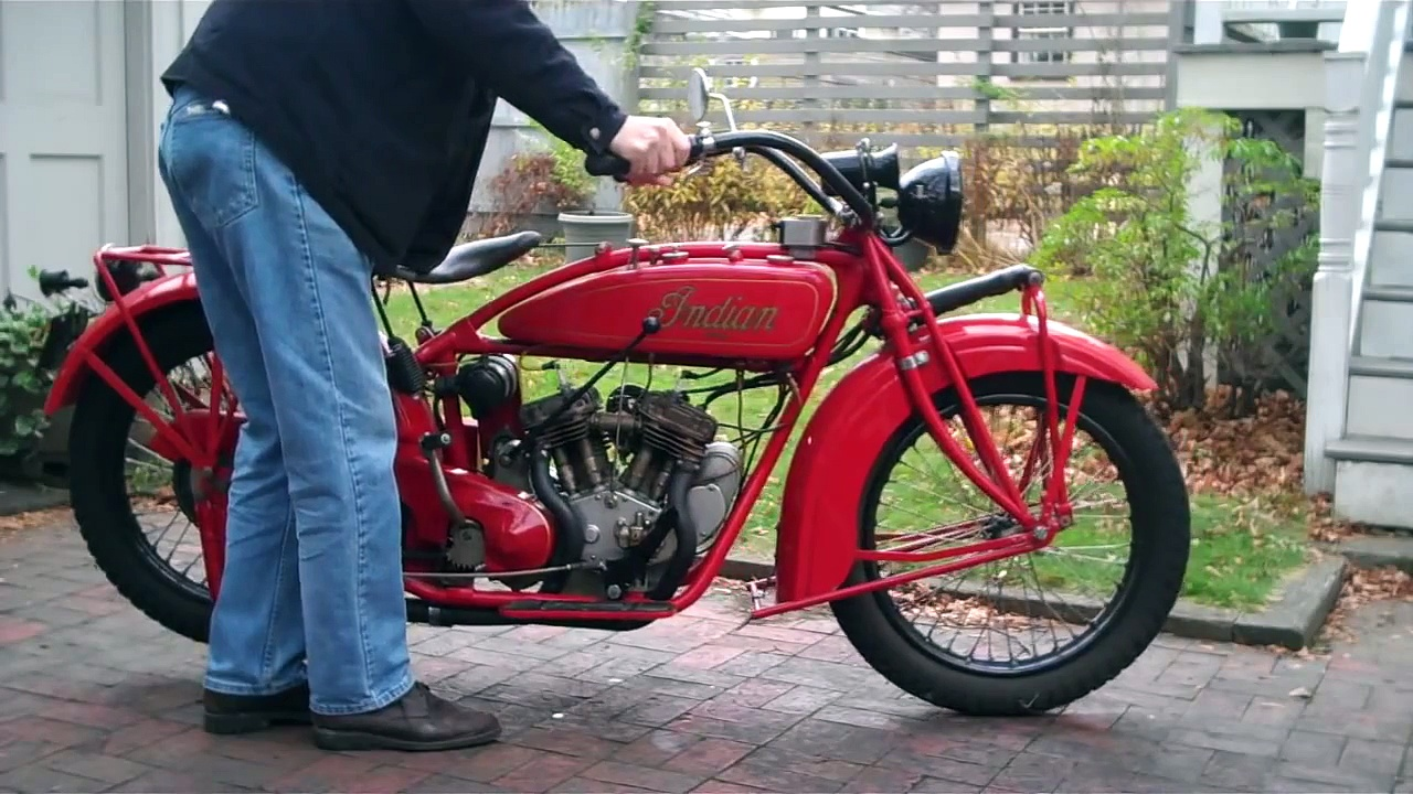 Indian Scout Motorcycle, 1925;  How to start and run it.