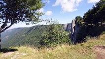 #Découverte n°1 : Le Creux du Van, Suisse ☼ — Erdnaxela