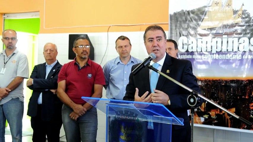 Prefeito inaugura Casa da Cidadania na Vila Industrial
