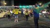 """Ensaio da coreografia """"Fora Dilma"""" em Vitória"""
