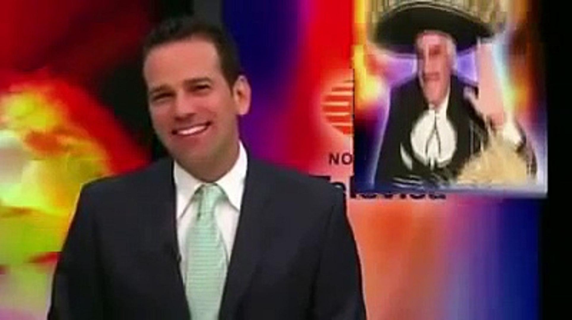 Joaquin López Doriga Y Carlos Loret De Mola Le Dan En La Madre A TV Azteca (Riendose 2013)
