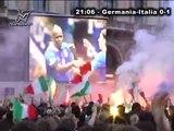 Euro 2012, Italia-Germania 2-1 in piazza Duomo: Balotelli fa esplodere di gioia Milano