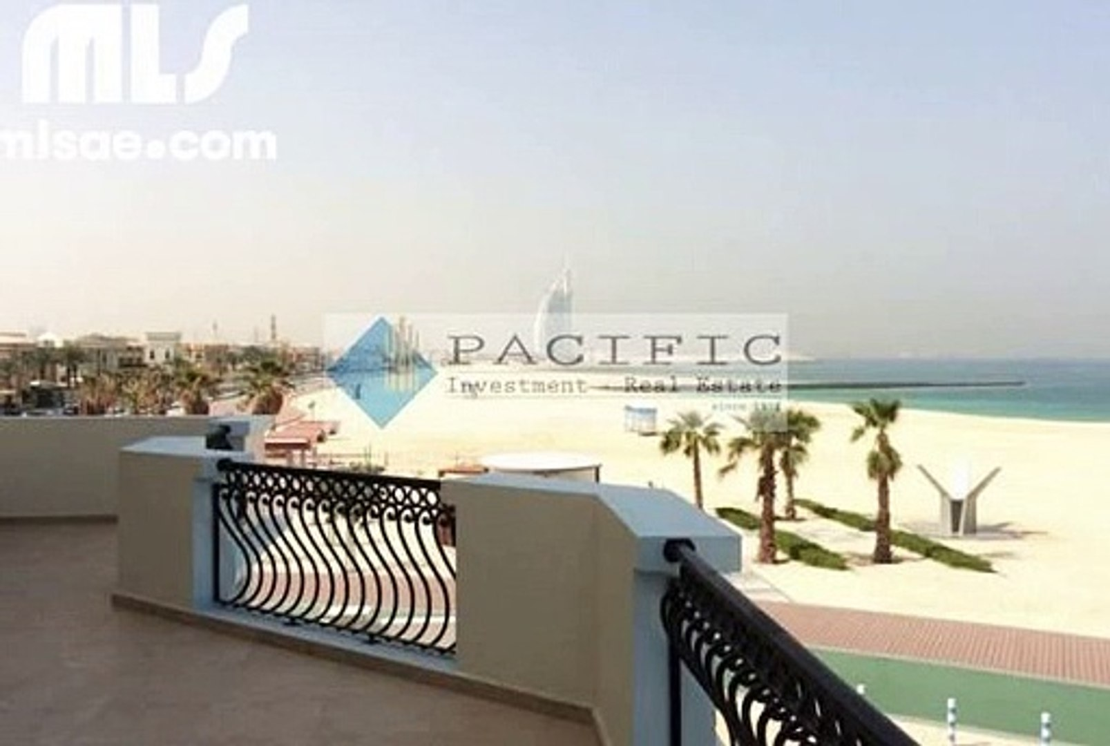 Direct access to the beach from you garden   Amazing beach front 4 bed villa - mlsae.com