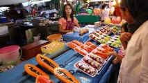 Krabi Town Markets. A tour of the 6 main Markets in Krabi Town.Great shopping & the best street food