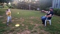 Jouer au baseball avec son fils sans se fatiguer
