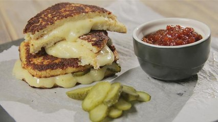 Eat Clean: Carb Free Cheese Toastie