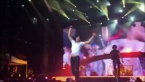 Enrique Iglesias blessé par un drone en plein concert : doigts coupé