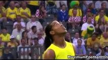 Ronaldinho vs Cristiano Ronaldo Freestyle Skills ● Crazy Tricks Ever.