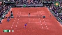Gael Monfils 1-3 Roger Federer: Không có bất ngờ