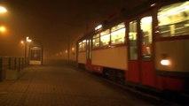 Straßenbahn Halle - Tatras nachts im Nebel HD