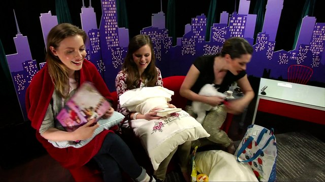 Gillian Jacobs, Tiffany Alvord and Whitney Rice Have A 30 Second Slumber Party!