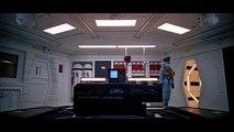 Shia LaBeouf motive HAL 9000 dans 2001 l'odyssée de l'espace
