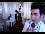 The Jonas Brothers - I Left My Heart in Scandinavia - KEVIN SINGS - JONAS - Cold Shoulder (HQ)
