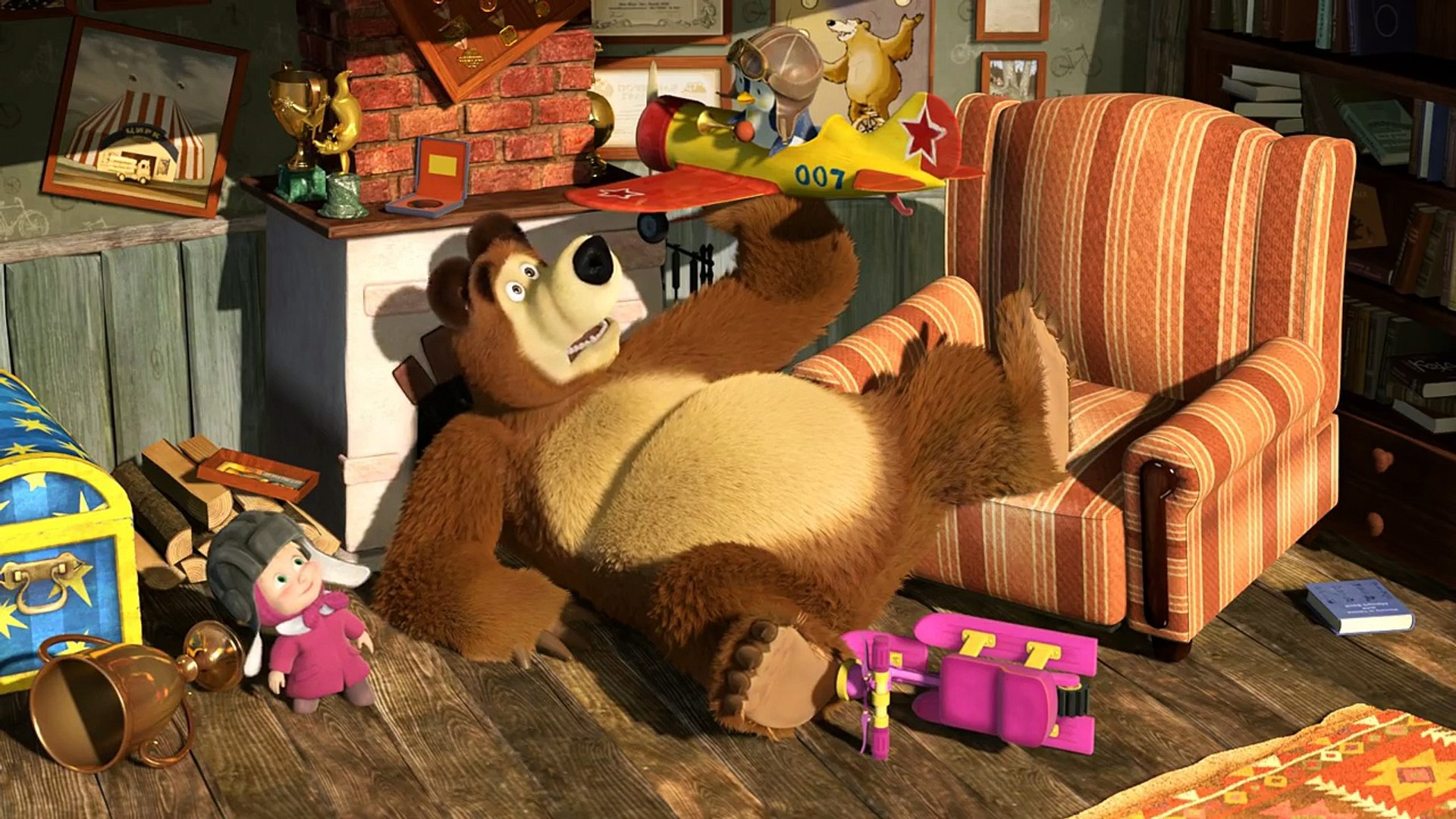 Маша и Медведь  Когда все дома(Серия 32)  Masha and The Bear (Episode 32)