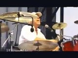 "Pixies Performing ""Debaser"" at Lollapalooza '05"