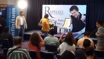 Raphael se muestra molesto ante los medios tras falso rumor de su muerte