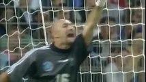 Roberto Carlos vs Physics Roberto Carlos Scored This Free Kick 17 Years Ago