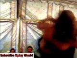 Lak 28 Kuri Da _ Rawalpindi Wedding Mehndi Nite Celebration With Dancers - Video Dailymotion