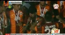 Wesley Sneijder- Fener Ağlama - Çılgın Sneijder Fenerlileri Çoşturuyor
