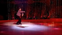 Dancing on Ice judge Robin Cousins performs | Dancing on Ice goes Gold