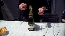 Comment déboucher une bouteille de Champagne sans risque