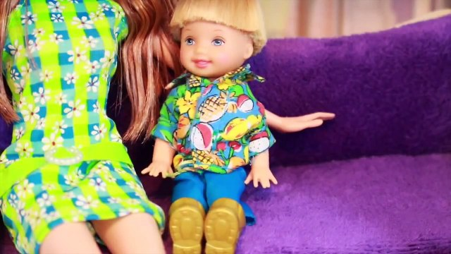 AllToyCollector Frozen Toby DATE with Barbie Sister Chelsea McDonalds Drive Thru Playset Frozen Anna