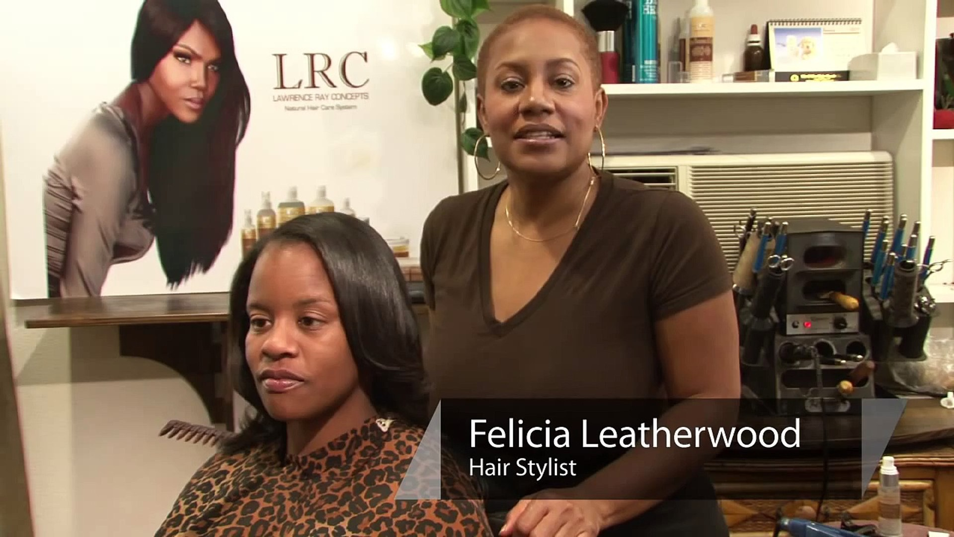 Styling Hair : How to Feather Hair