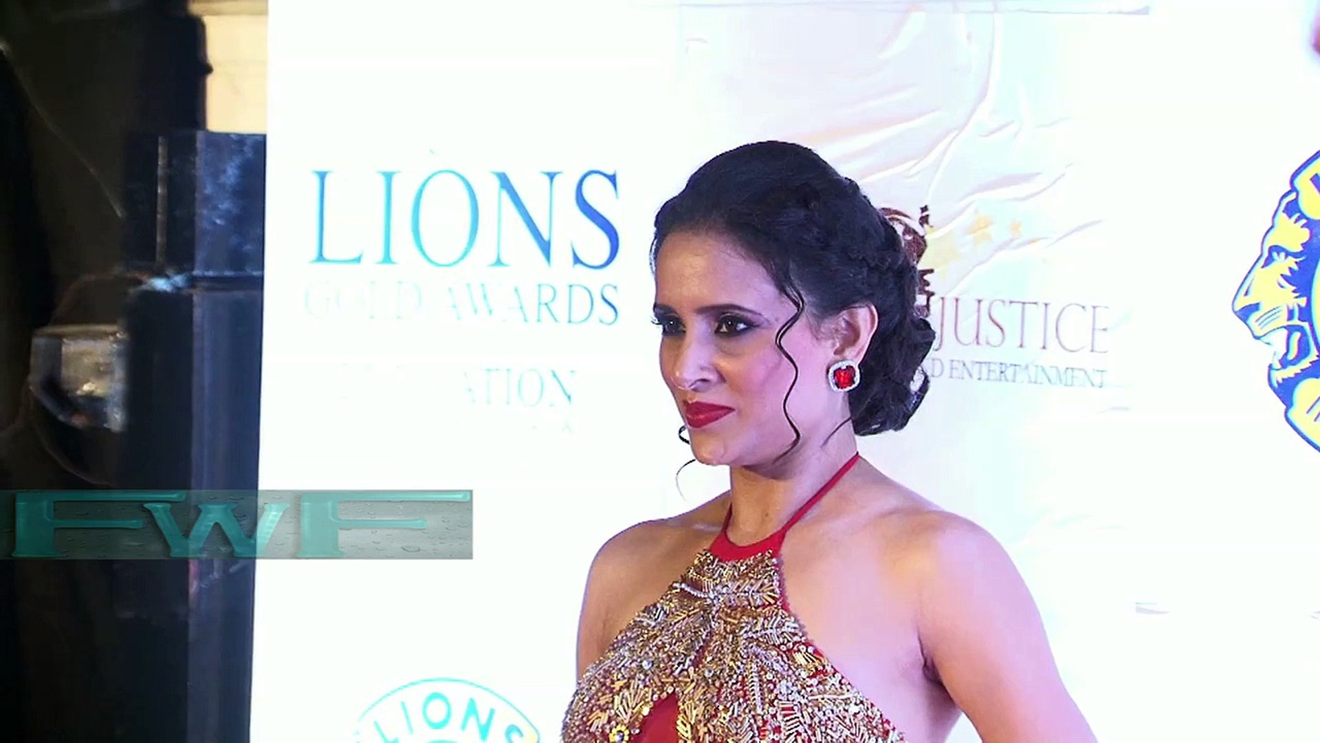 21st Lions Gold Awards Night With Bollywood Celebs (bollly wood actress masala video)
