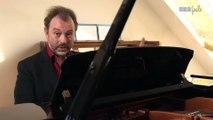 Sports Loisirs : Ray Charles - Hit the road Jack au piano