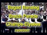 Bagad Bannalec Champs Elysées Breizh Touch