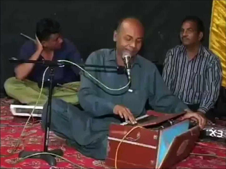Aray yeh kon patakhay baja raha hay, very very funny video must watch, urdu funny pakistani funny vi