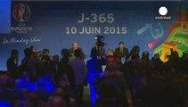 Francia, Valls sotto attacco per trasferta a Berlino. Platini: l'avevo invitato