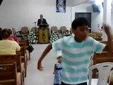 Deus usa criança em profecia para alertar a Igreja