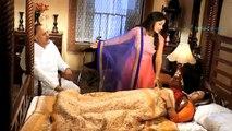 Mere Rang Main Rangne Wali - 10th June 2015  Radha Ne Ki Bua ji Help