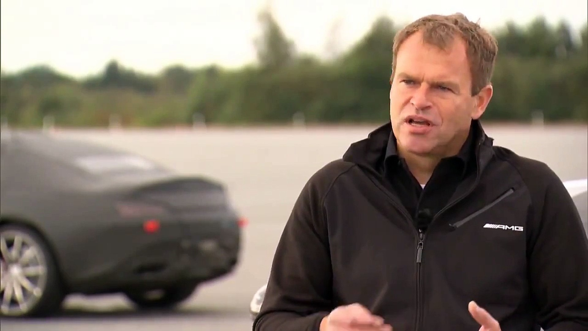 Mercedes-AMG GT - Interview with Tobias Moers | AutoMotoTV Deutsch