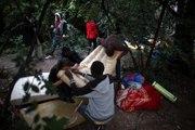 Le Bois-Dormoy, refuge des migrants expulsés de La Chapelle