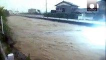 Ιαπωνία: Χιλιάδες φεύγουν από τα σπίτια τους εξαιτίας της κακοκαιρίας